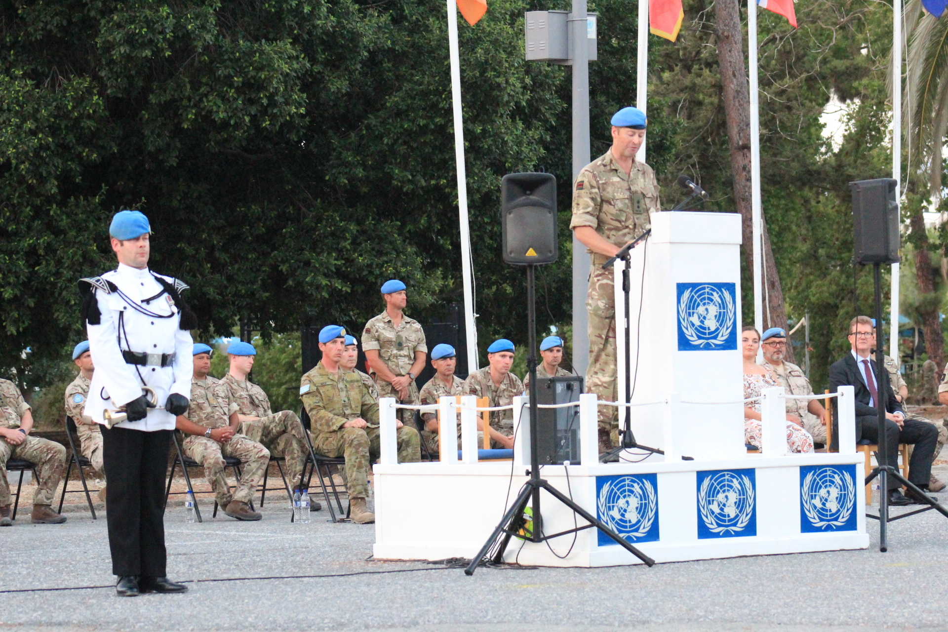 IN THE SERVICE OF PEACE: THE 7 RIFLES BATTLEGROUP RECEIVES THE UNFICYP MEDAL